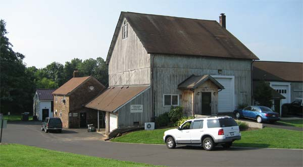Image of barn located on campus